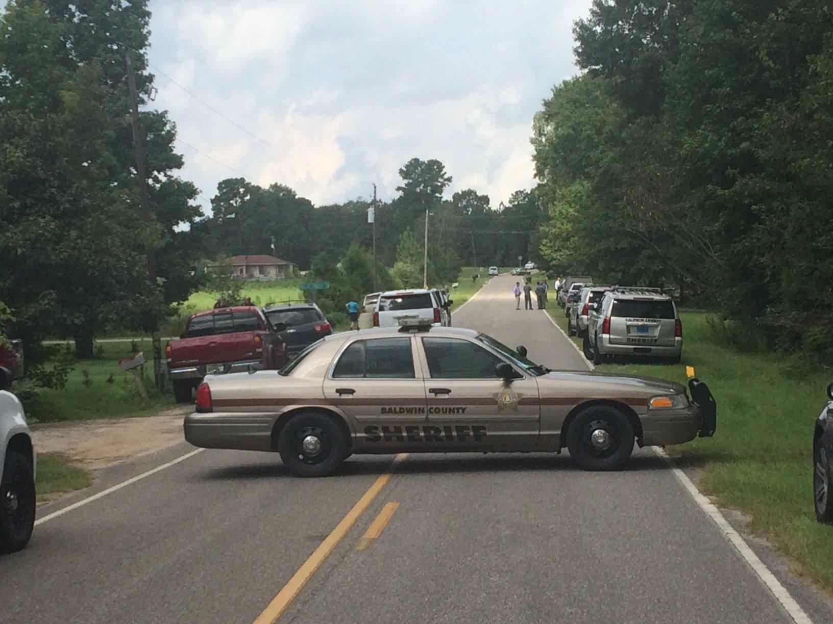 Baldwin County Sheriff's Office investigators on scene (Photo: Hal Scheurich, FOX10 News)