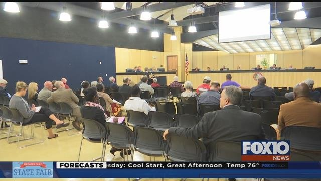 Daphne City Council gets update on feasibility study on what it would cost to break away from Baldwin County School System and form city school system. Source: Lee Peck, FOX 10 News