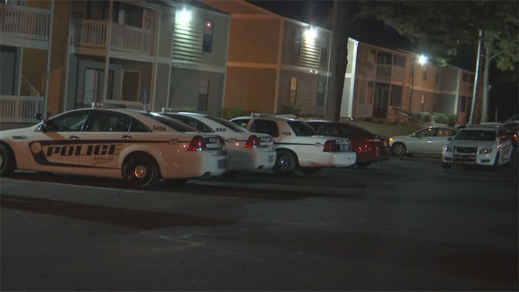 Mobile Police at Knollwood Apartments (Photo: FOX10 News)