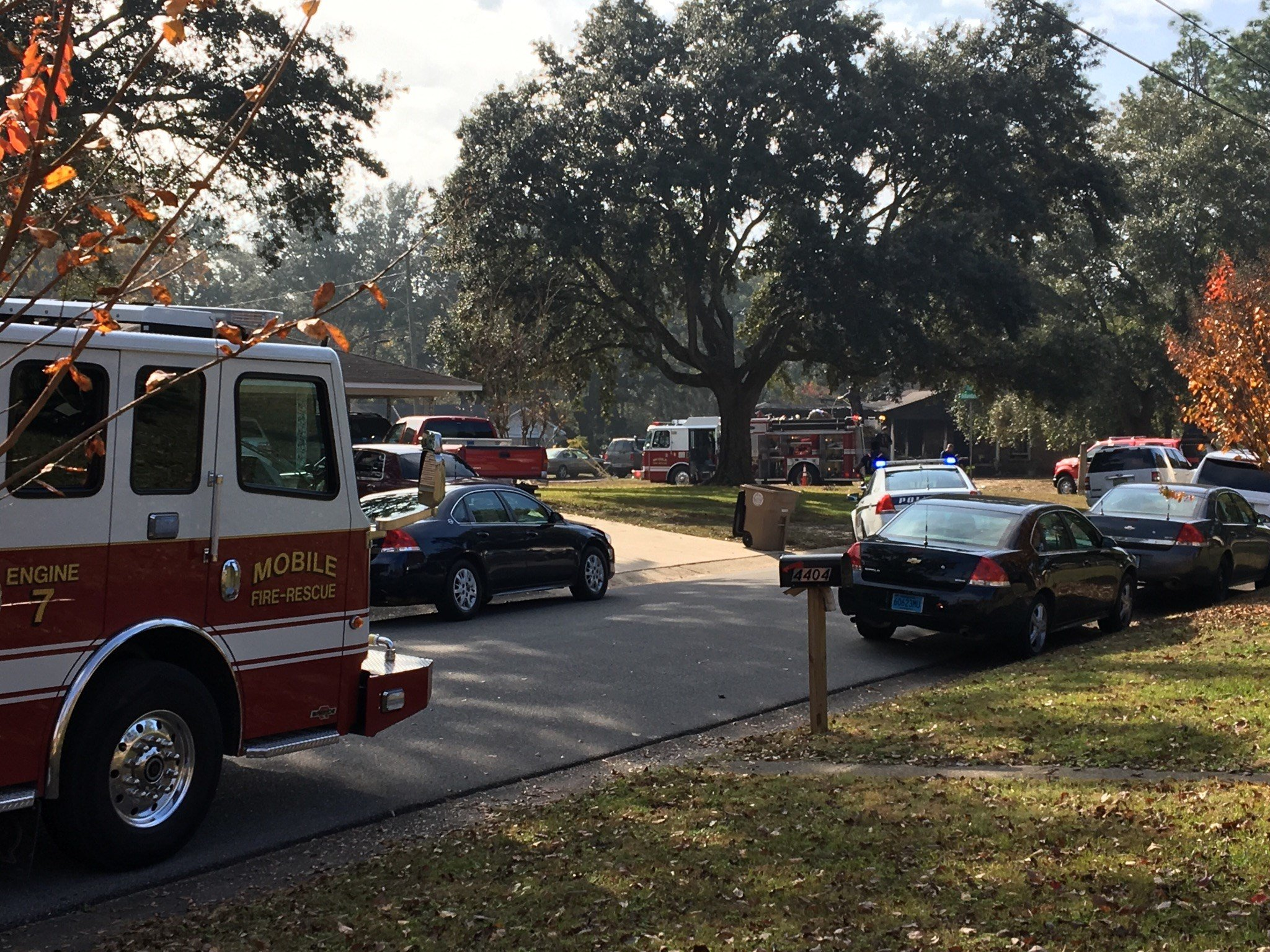 Deadly house fire on Hillandale Drive, December 2, 2017 (FOX10 News)