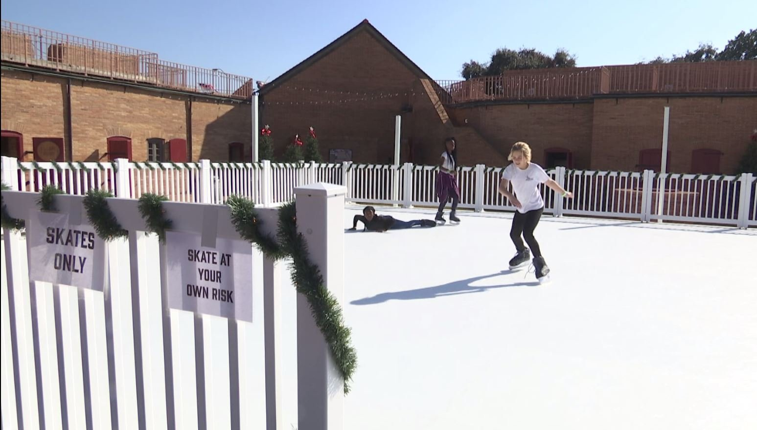 Skating at the Fort of Colonial Mobile (FOX10 News)