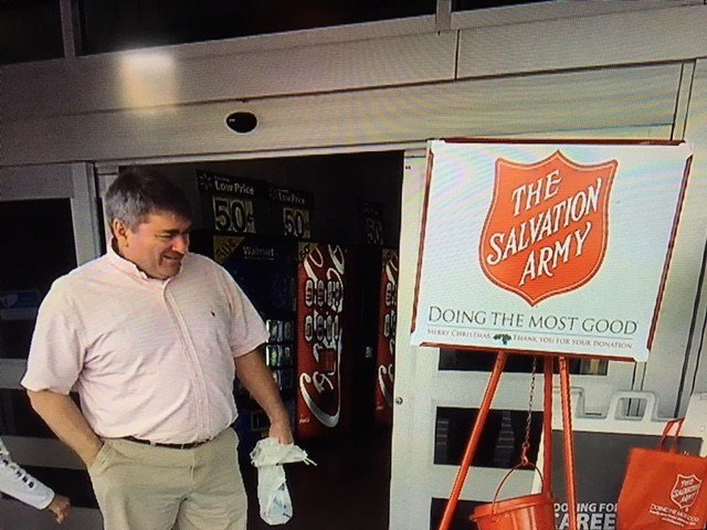 Department store reverses Salvation Army ban -- Ring those bells!