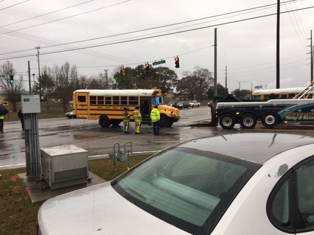 Wreck involving a school bus in Mobile on December 7, 2017 (FOX10 News)
