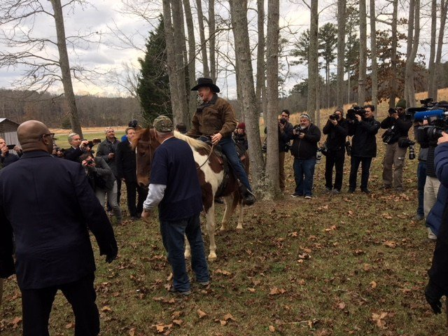 When Roy Moore and his wife rode their horses to the Gallant Fire Station to vote, there was a a large crowd waiting to greet them. Photo: Steve Alexander, FOX10 News