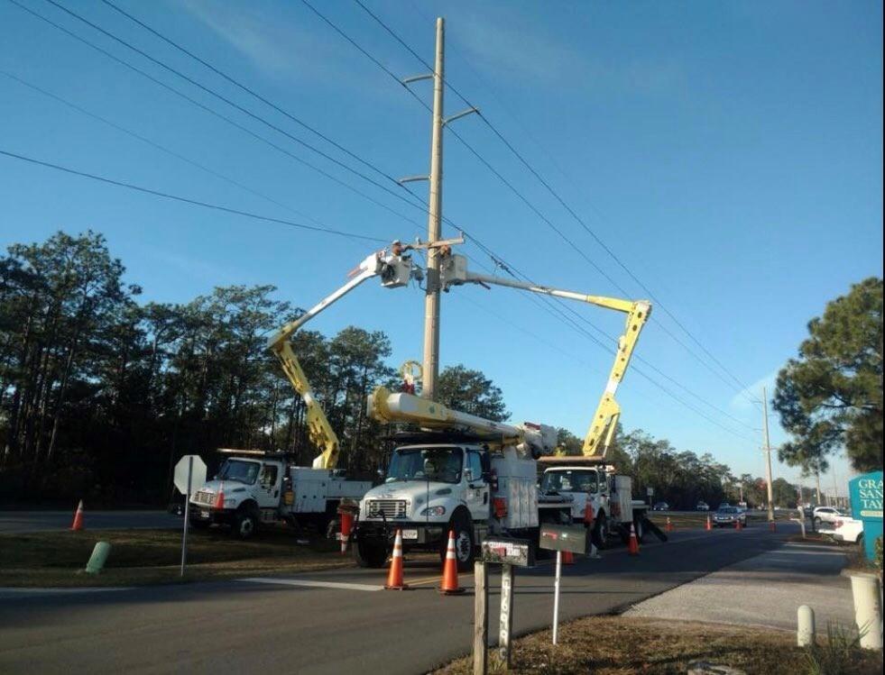 Crews work to restore power in Orange Beach. (Photo: City of Orange Beach)
