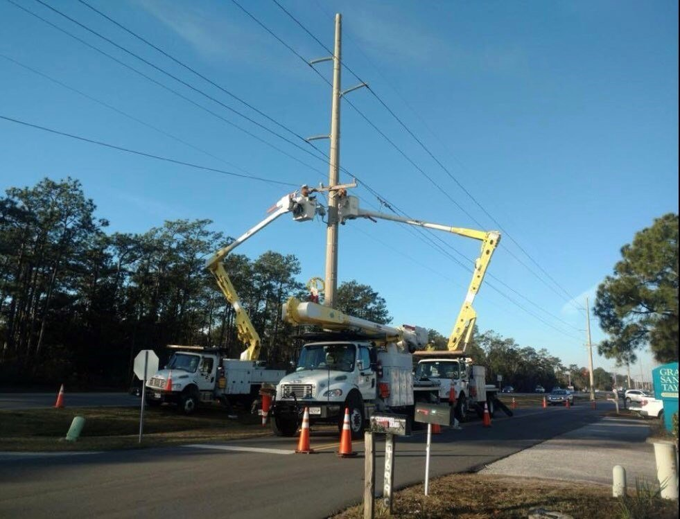 Crews work to restore power in Orange Beach. (Photo: City of Orange Beach)