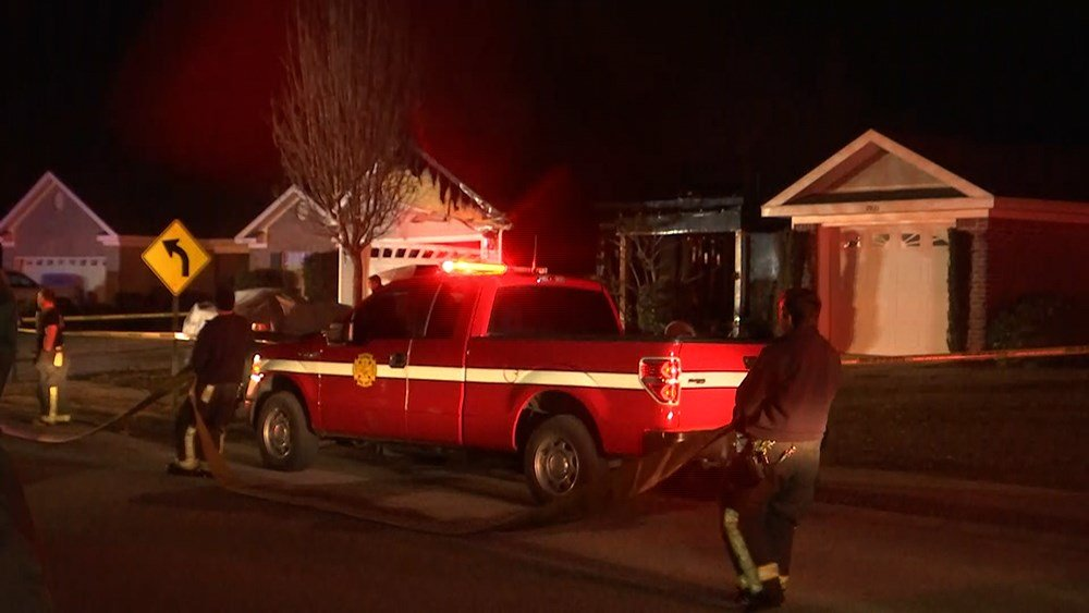 Firefighters are on the scene of a residential fire in Daphne Tuesday morning, Jan. 16, 2018. (Photo: Robert Brown, FOX10 News)