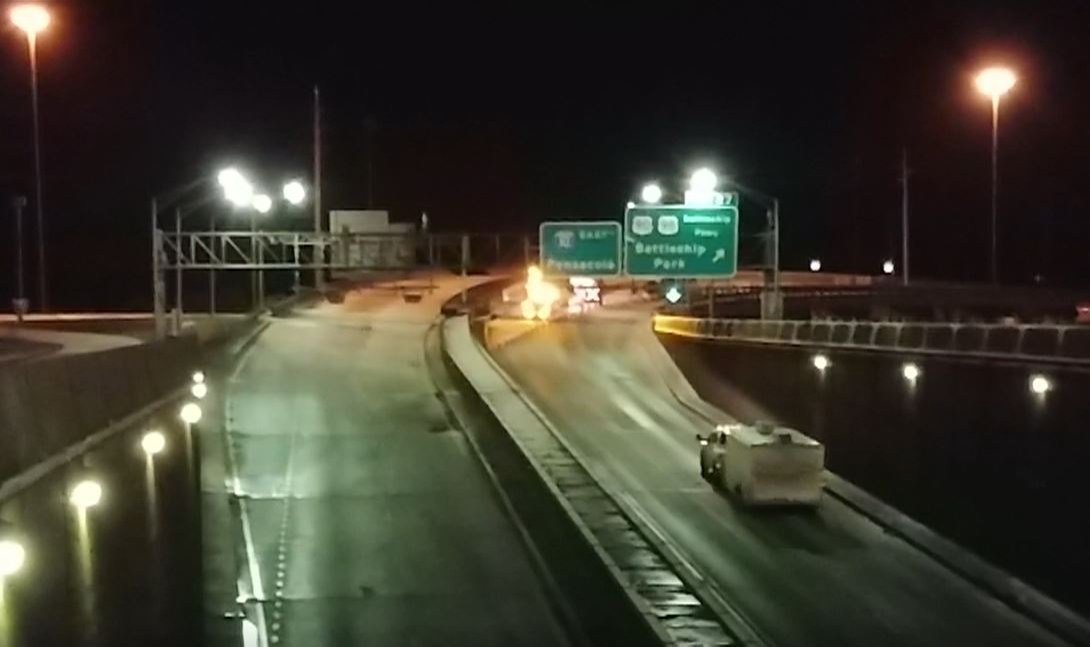 Here's a view of the Interstate 10 Bayway at the entrance to the Wallace Tunnel on an icy and cold early morning Wednesday, Jan. 17, 2018. (Photo: Scott Flannigan, FOX10 News)