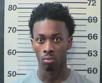 Levy Washington, 23, was arrested and charged with robbery 1st and assault 3rd. Photo: MPD