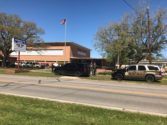 A bomb threat called into the main office at Chickasaw High School prompted the brief evacuation of the school, but no threat was found. (FOX10 News)