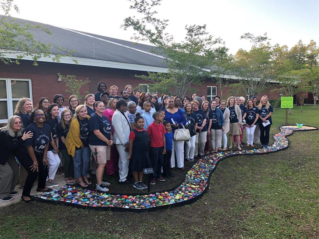 Collier Elementary students dedicate kindness path in honor of Kamden Johnson. (FOX10 News)
