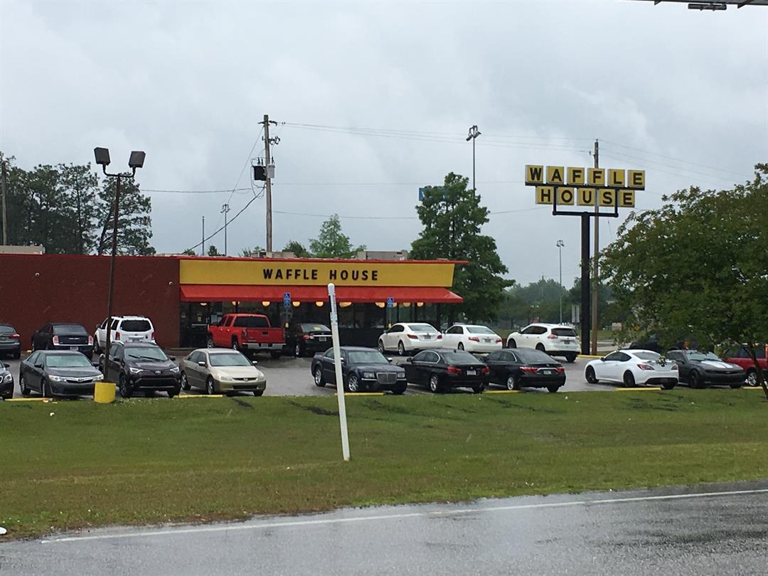 Waffle House in Saraland (FOX10 News)