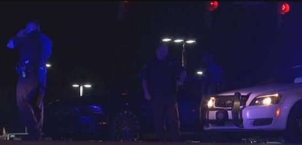 Police are investigating a shooting in Mobile that left one person wounded. (FOX10 News)