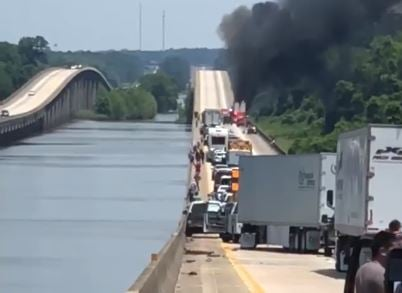 Tractor-trailer fire on I-65 northbound. (Brian Yarber)