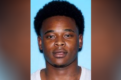 Mobile Police are searching for murder suspect Shamar Marion Young (MPD)