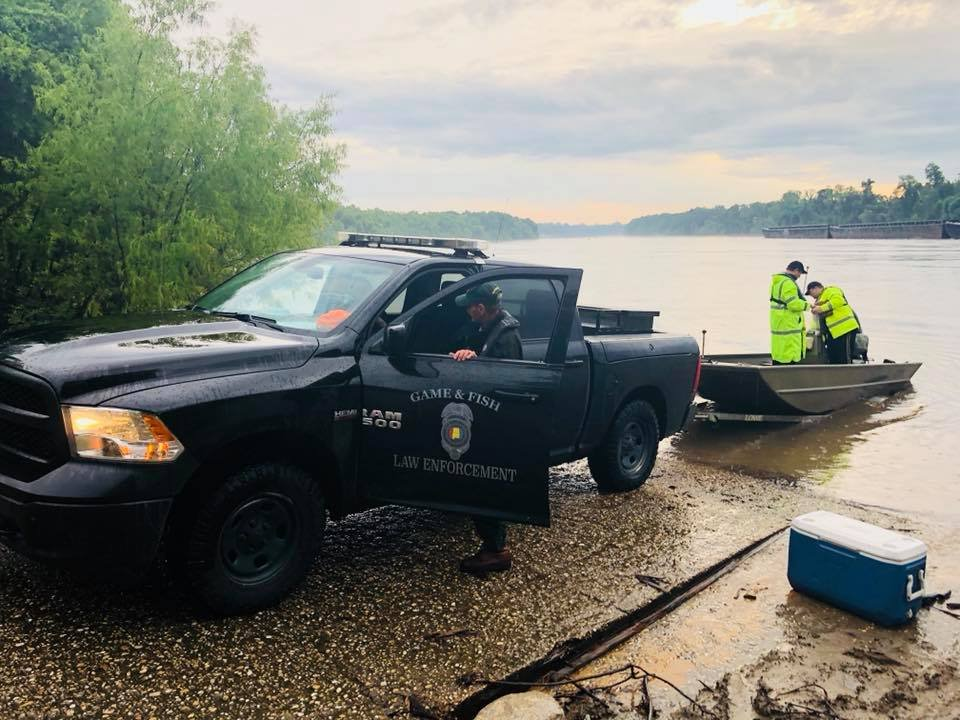 The Coast Guard is searching for a missing boater on the Tombigbee River near McIntosh, Alabama. Photo: FOX10 News Kendra Turley