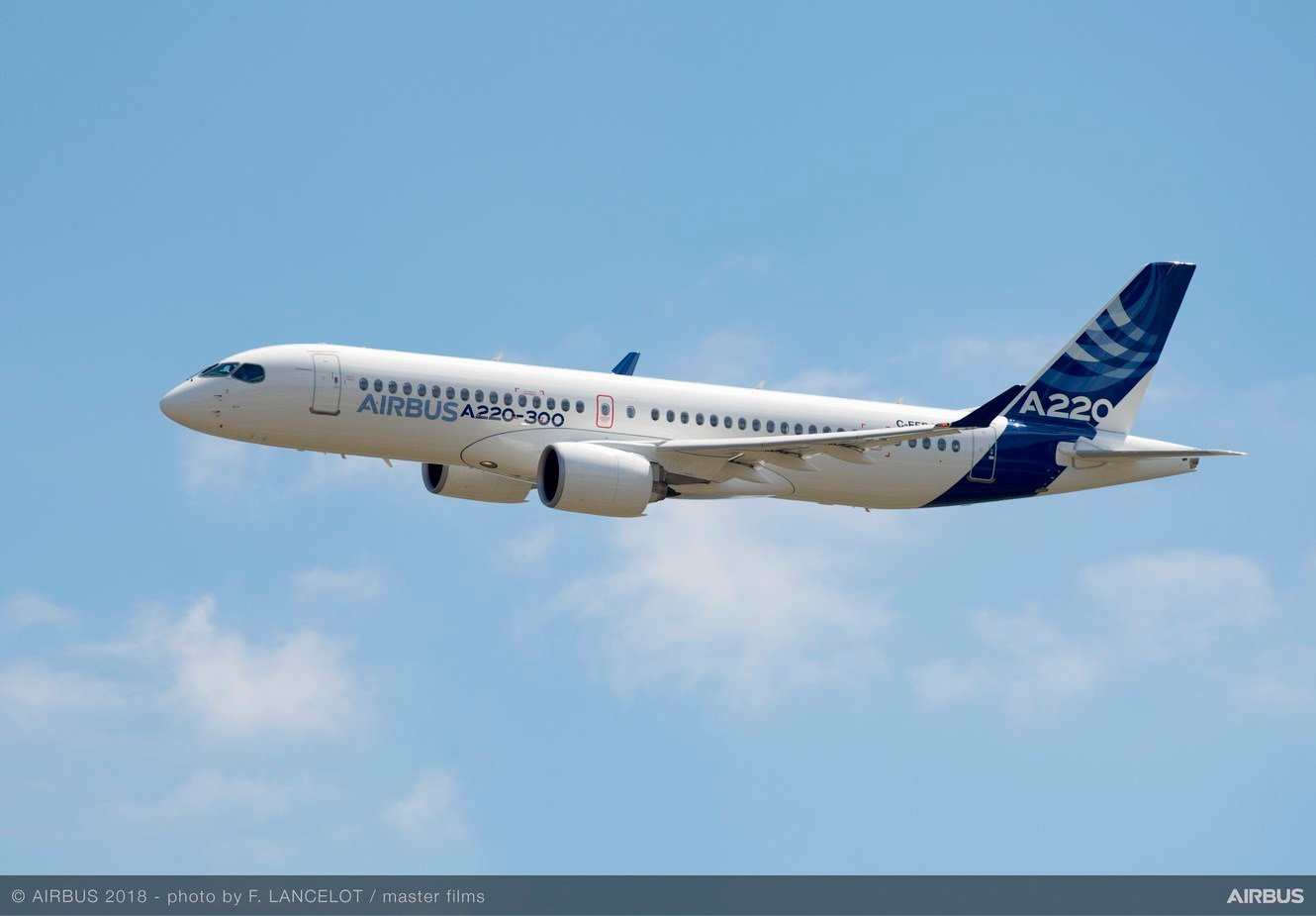 Airbus A220-300 in flight (Photo courtesy Airbus)