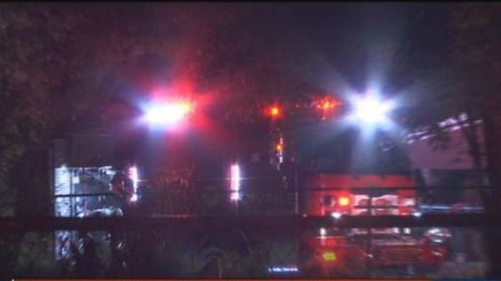 MFRD responds to fire on Live Circle North. (FOX10 News)