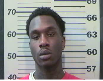Deangelo Cortez Evans wanted by MCSO for suspected car burglaries. SOURCE: MCSO
